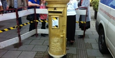 gold post box 3